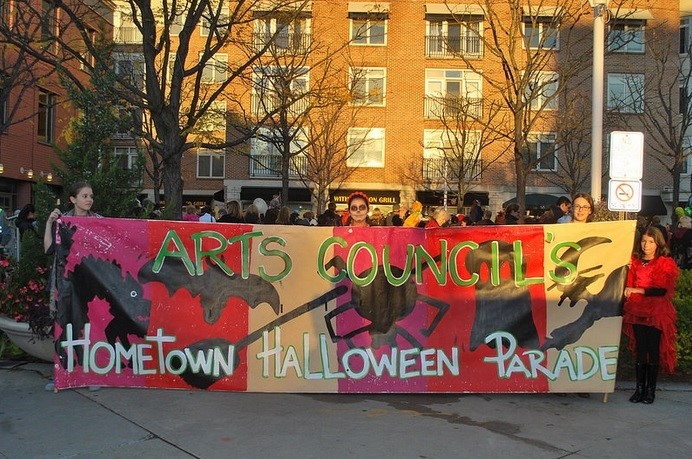 topics-parade-10-19-16